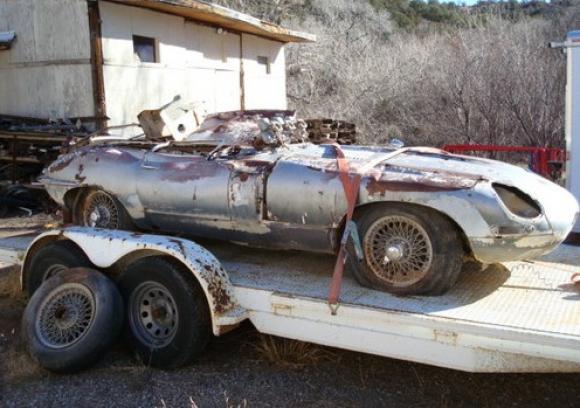 1963_Jaguar_XKE_Coupe_Rolled_Crash_Project_resize.jpg