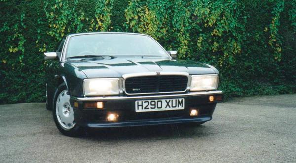 1990 Jaguar XJ6 XJ40 SAJJPALD3AA622586  Registry  The Jaguar